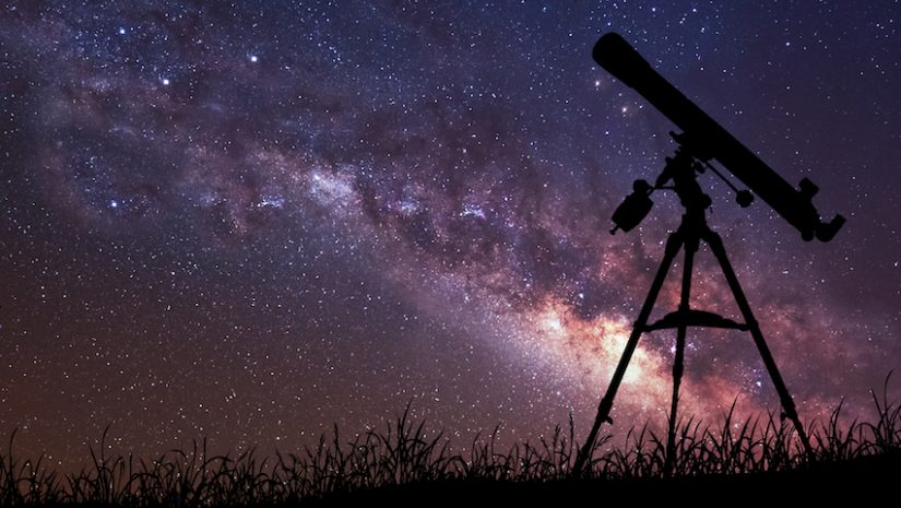 Several Types of Different Telescopes For Watching The Night Sky